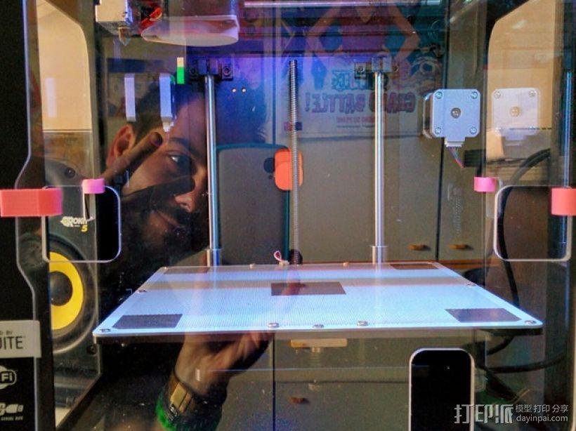 Zortrax M200打印机的玻璃板固定器 3D模型  图1