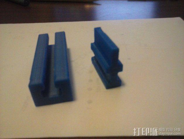 导梁和滑块 3D模型  图9
