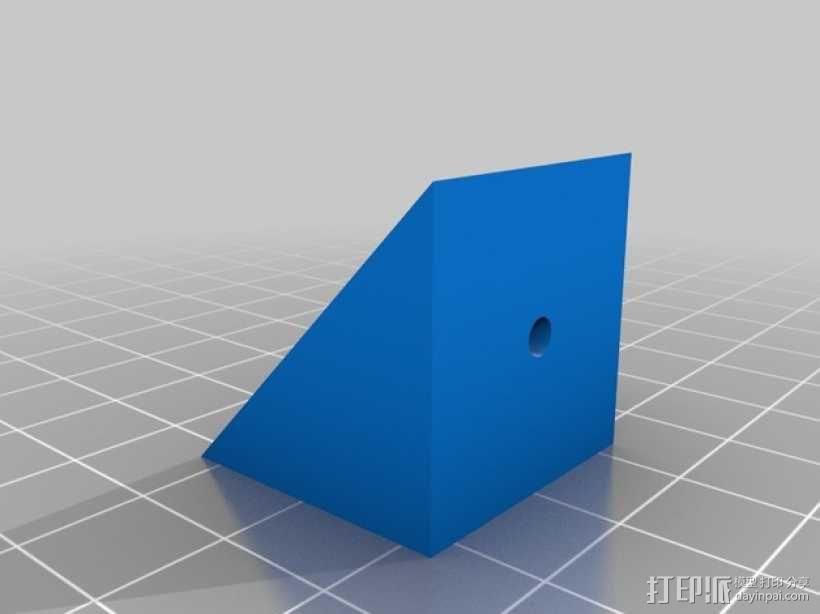 坚固的L形支架 3D模型  图1