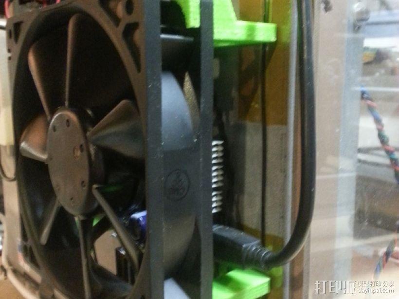 Solidoodle 3打印机的电路板散热风扇 3D模型  图1