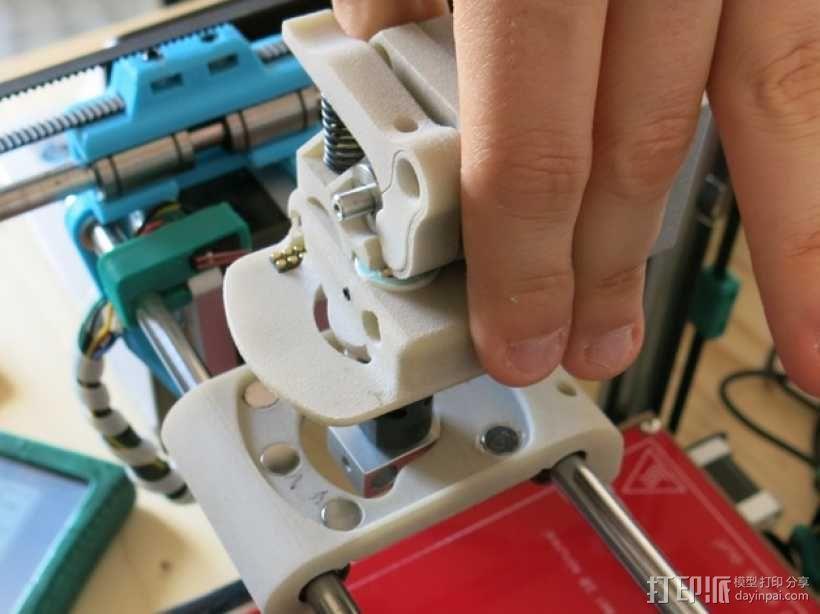 可更换挤出机的挤出机支架 3D模型  图5