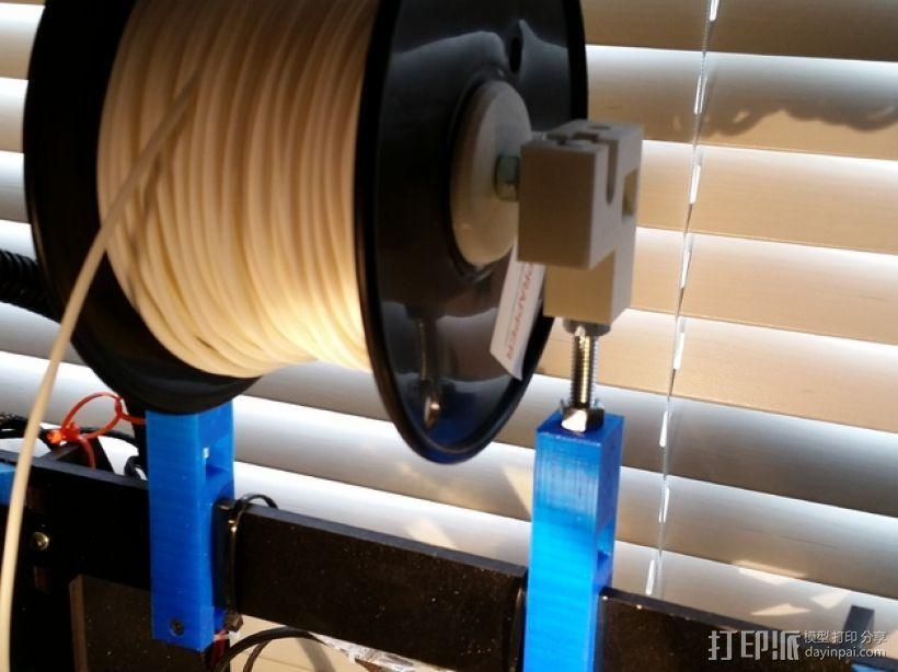Prusa i3打印机的线轴支撑器 3D模型  图1