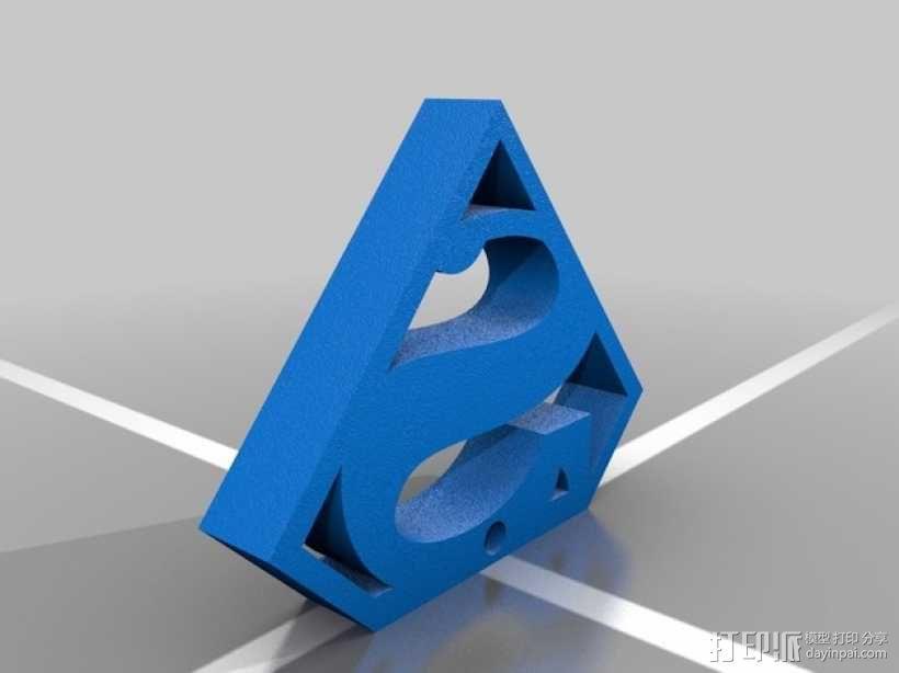 超人耳环 3D模型  图2