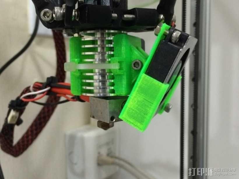 喷头散热风扇支架 3D模型  图1