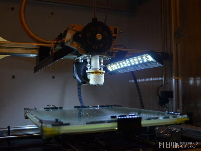 3Drag K8200打印机的LED灯带固定器 3D模型  图1