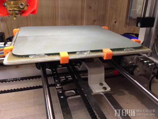 玻璃板夹 3D模型  图1