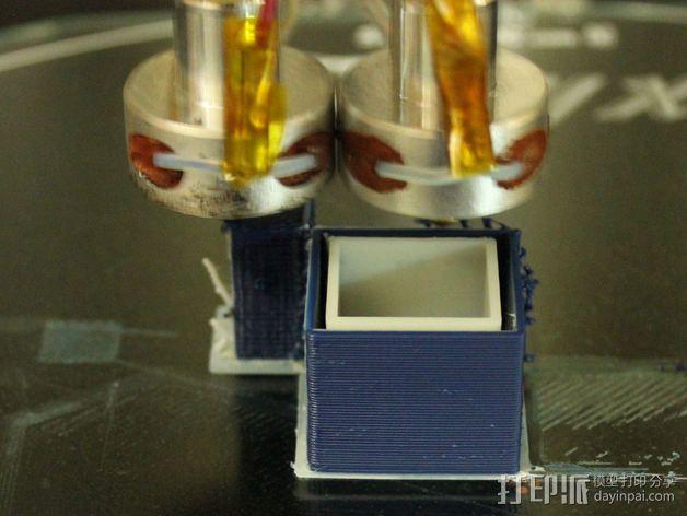 双喷头支架 3D模型  图3