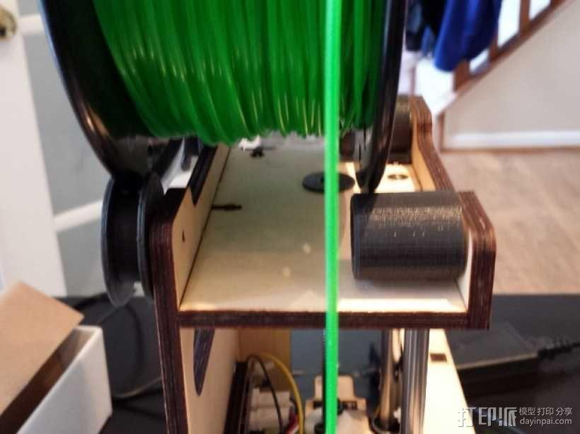 Printrbot Simple打印机的线轴支撑器 3D模型  图2