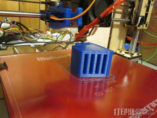 SD卡收纳器 3D模型  图1