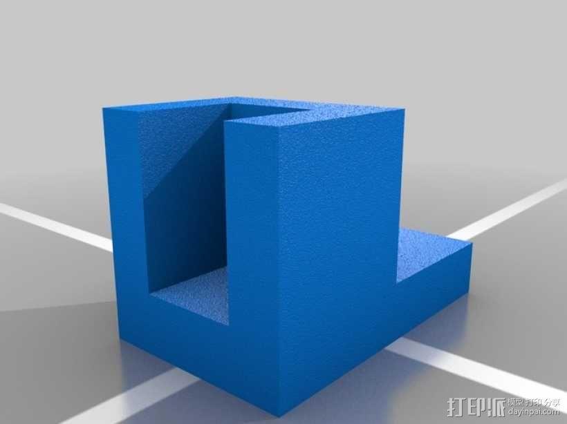 简易板凳垫板 3D模型  图1
