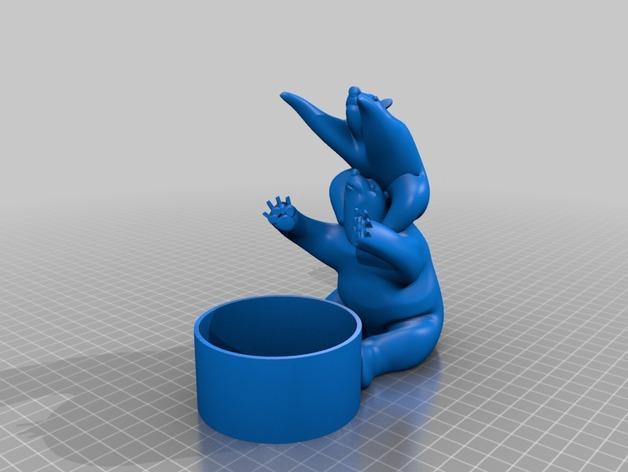 北极熊易拉罐底座模型 3D模型  图2