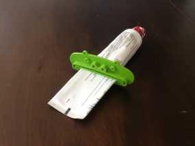 动物性牙膏挤出机模型 3D模型