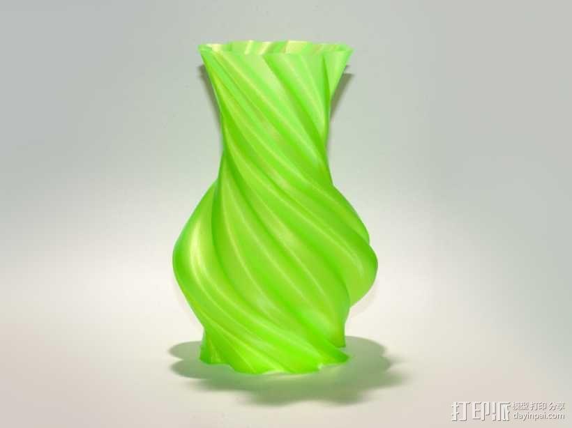 螺旋状圆形花瓶模型 3D模型  图2