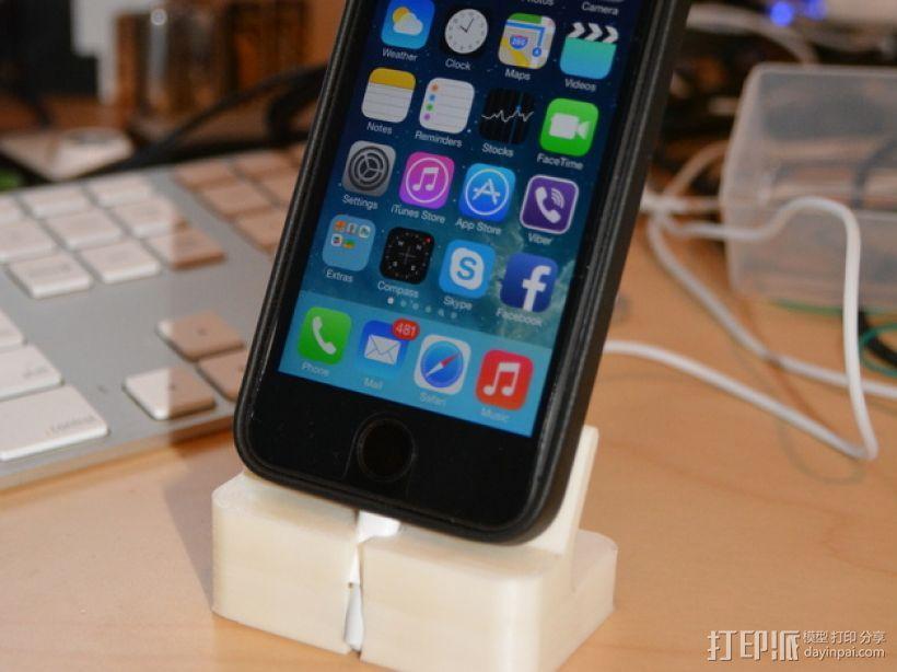 iPhone 5S充电底座 3D模型  图1