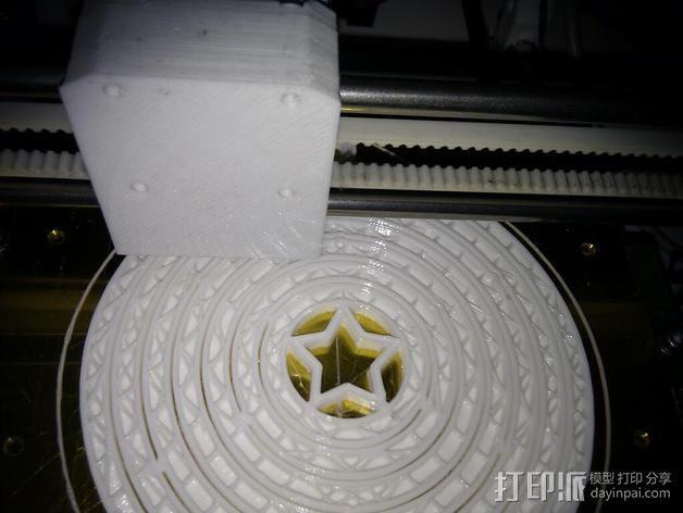 陀螺形圣诞树装饰品 3D模型  图4