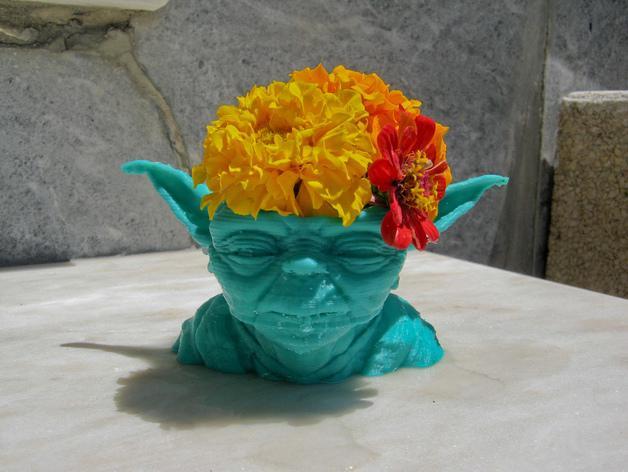 尤达大师花瓶 3D模型  图1