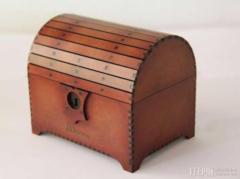 带锁的藏宝箱 3D模型  图2