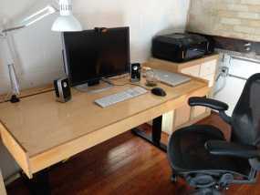 数控切割可调节高度的桌子 3D模型