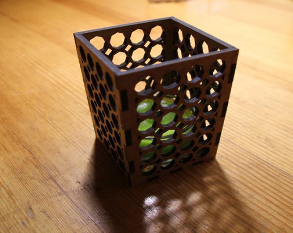 激光切割方形烛台 3D模型  图3