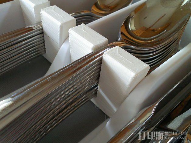 银制餐具收纳盒 3D模型  图2