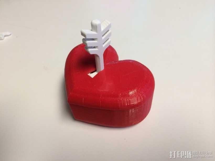 带锁心形收纳盒 3D模型  图1