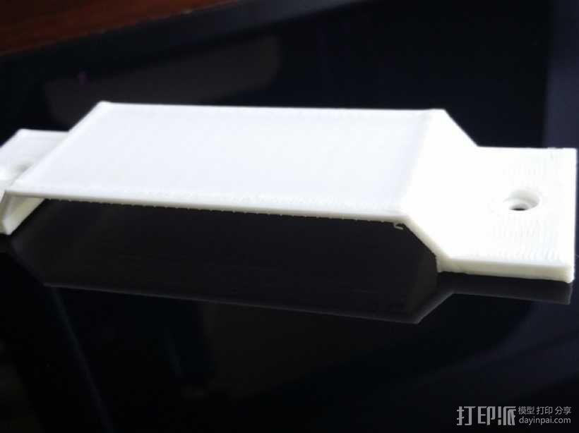 扁平形开关保护壳 3D模型  图2