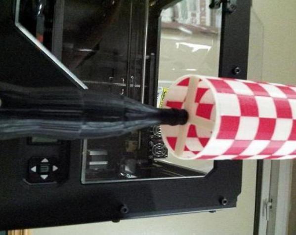 可口可乐瓶灯罩 3D模型  图4