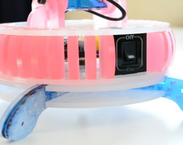 激光切割MR16 LED台灯 3D模型  图1