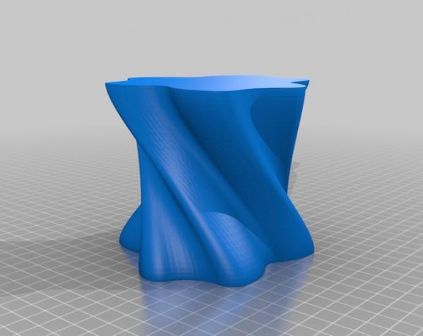 个性化螺旋花瓶 3D模型  图2