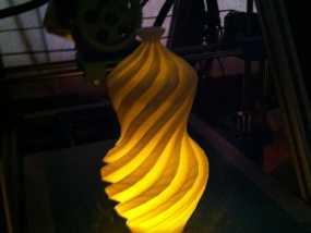 螺旋形Geary瓮/缸 3D模型