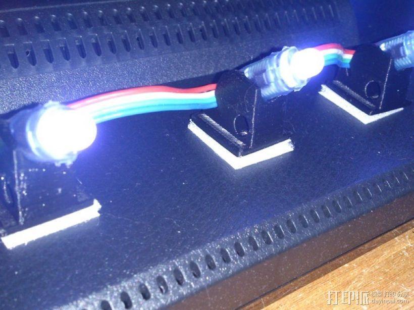 45度倾斜角的LED灯支架 3D模型  图1