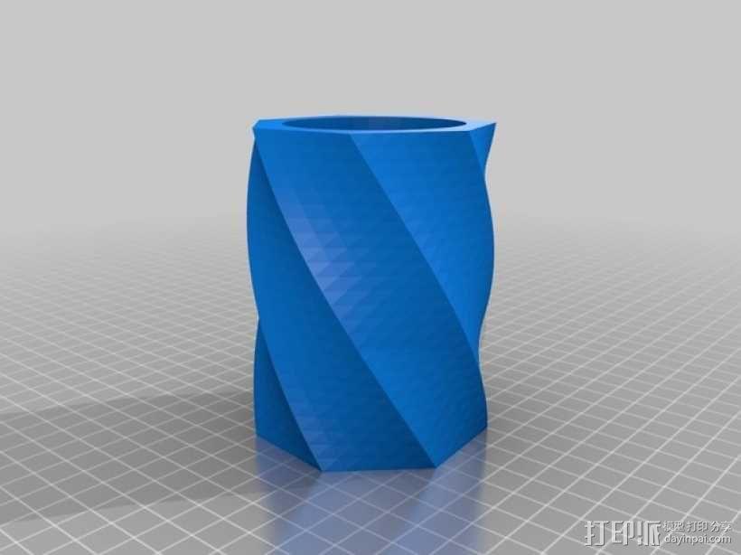 极具曲线的塑料杯 3D模型  图1
