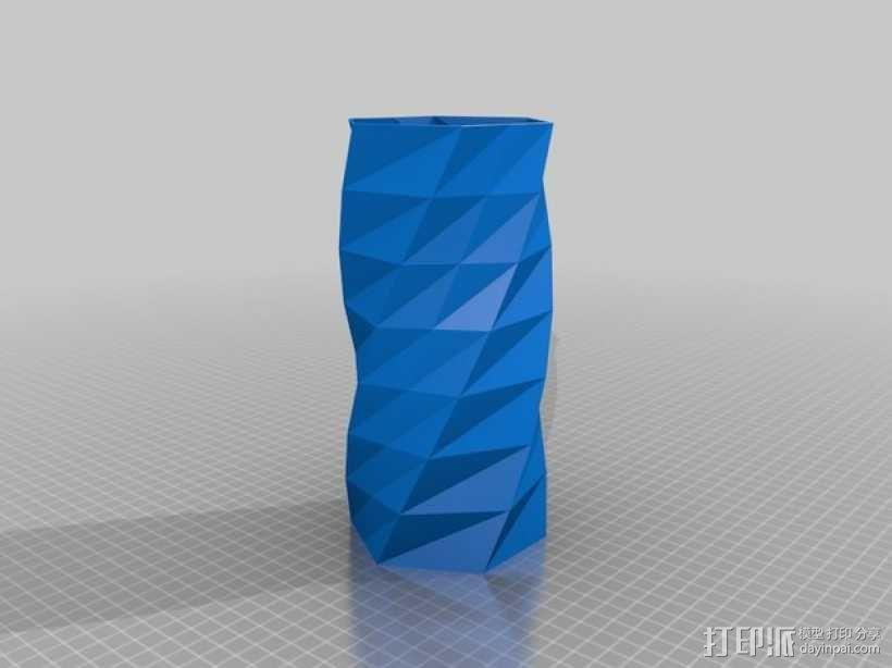 扭曲的中空花瓶 3D模型  图2