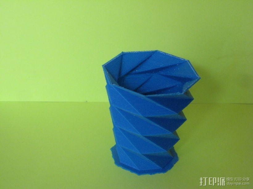螺旋八边形花瓶 3D模型  图2