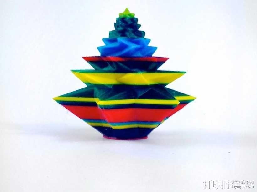几何形圣诞树 3D模型  图1
