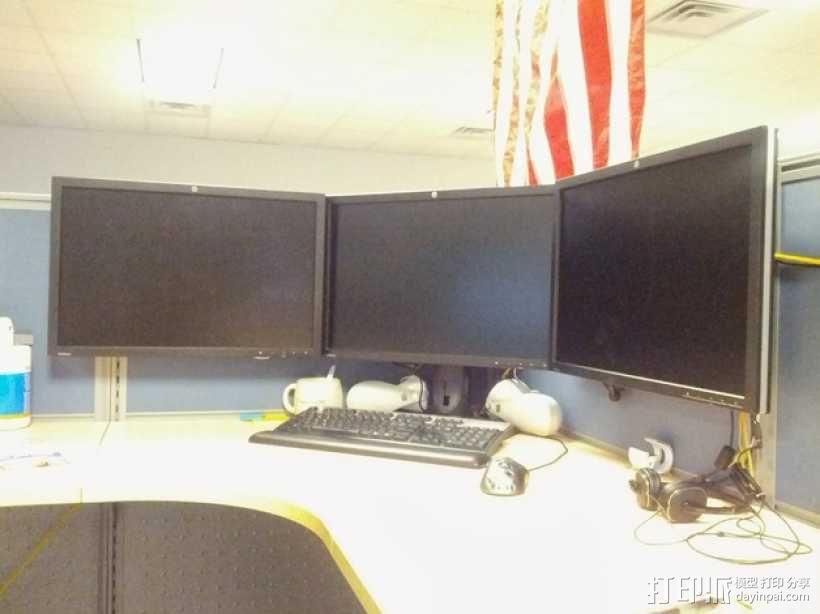 办公室隔间 多台显示器接口 3D模型  图1