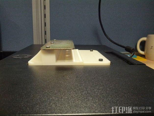 办公室隔间 多台显示器接口 3D模型  图5