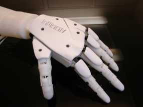 """左手机器人""""前进者"""" 3D模型"""