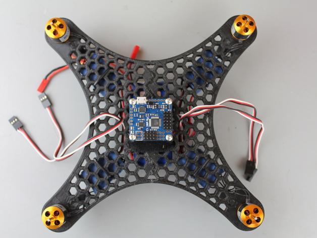 DIY迷你四轴飞行器蜂巢版 3D模型  图2