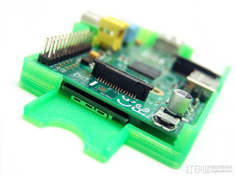 PiKase——带有旋转摄像头,通用输入输出接口帽以及更多其他功能的树莓派外壳 3D模型  图3