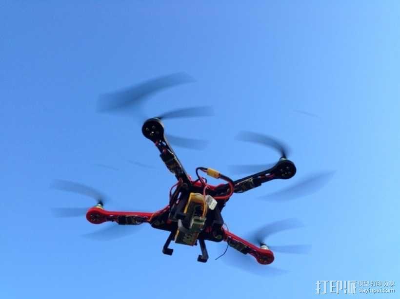 可折叠fpv 四轴飞行器 3D模型  图1