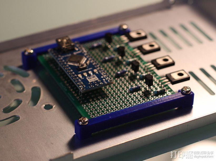PCB 固定槽 3D模型  图1