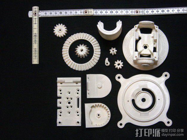 摄像头和小型DSLR的360度轮盘和倾斜头 3D模型  图3