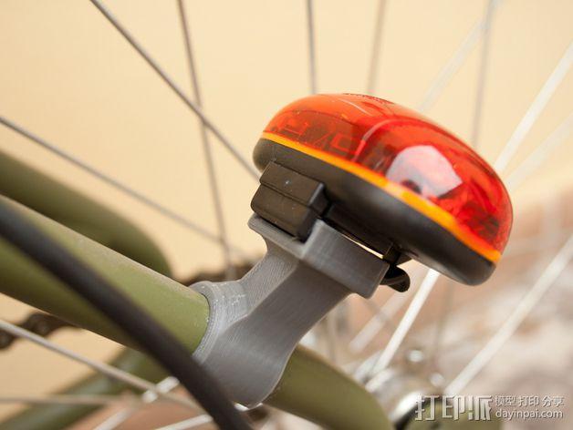 Graziella自行车尾车灯固定夹 3D模型  图1