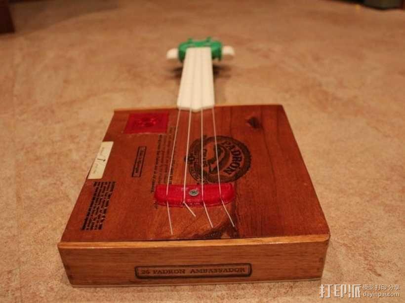 雪茄盒尤克里里 3D模型  图1