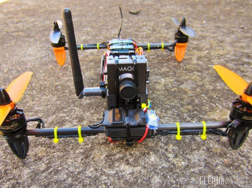 迷你H-Quad四轴飞行器 碳杆机身 3D模型  图1