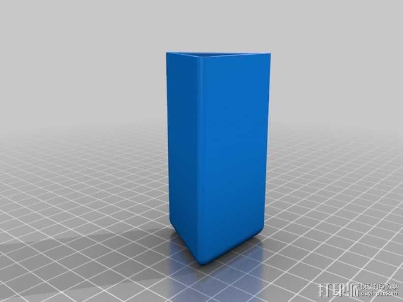 三角小凳 3D模型  图2