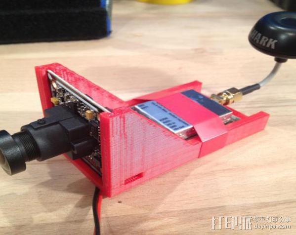 FatShark CCD摄像机支架 3D模型  图1