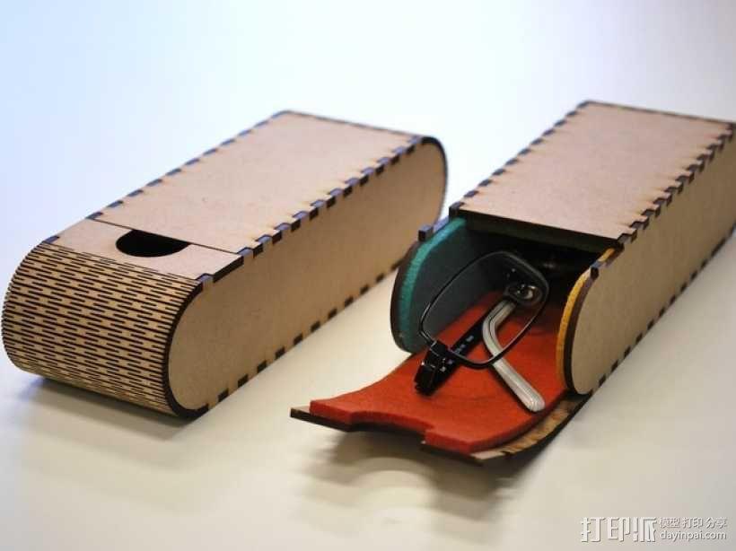 便携式眼镜盒 3D模型  图1