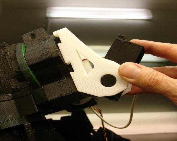 """InMoov""机器人的肩膀 3D模型  图10"